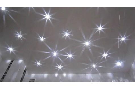 Натяжной потолок «звездное небо» белый