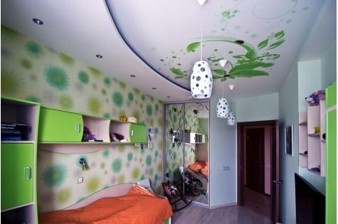 Натяжной потолок в детскую с фотопечатью