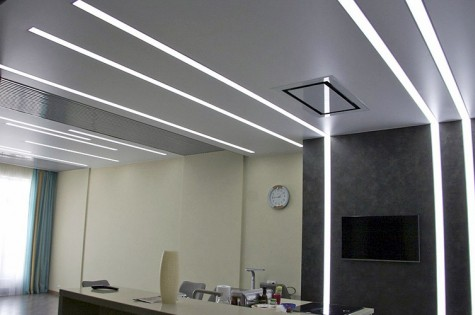Светодиодный натяжной потолок в офис