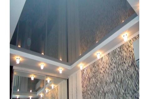 Зеркальный натяжной потолок в зал